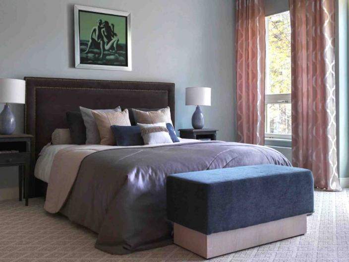 Кровать двуспальная с мягким изголовьем SOFT-004
